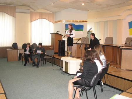 Ідея провести перші загальноміські молодіжні дебати визріла у Клубі  Української Елітарної Молоді ще на початку року 866c8a69c37a8