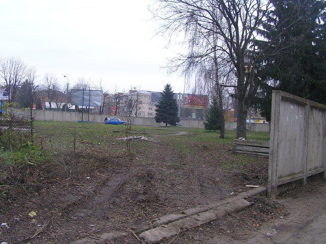 Так виглядало місце будівництва в листопаді 2012 року...
