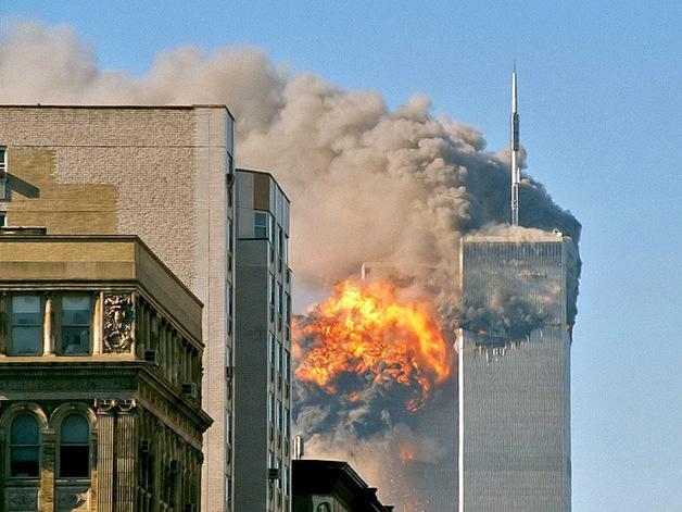 Всемирный торговый центр. История трагедии ВТЦ в огне. Момент столкновени
