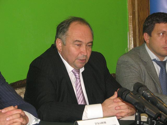 Анатолій Толстоухов