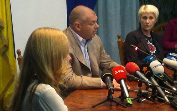 Зоя Казанжи під час прес-конференції разом із очільником області Ігорем Палицею