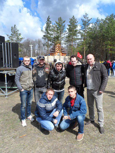 Організатор фестивалю-реквіяму Роман Яворський з командою