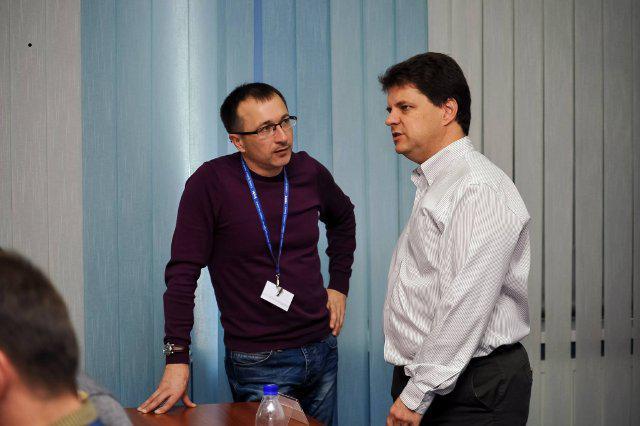 Генадій Шелудько з Михайлом Винницьким під час програми у Рівному
