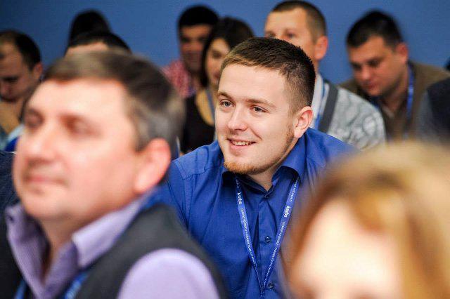 Олексій Дивачевський серед учасників програми